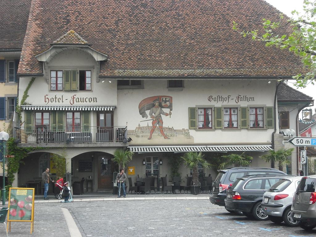 Finder Hotel