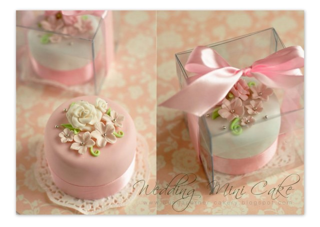 Mini cake-box | Yuli Berliantin | Flickr
