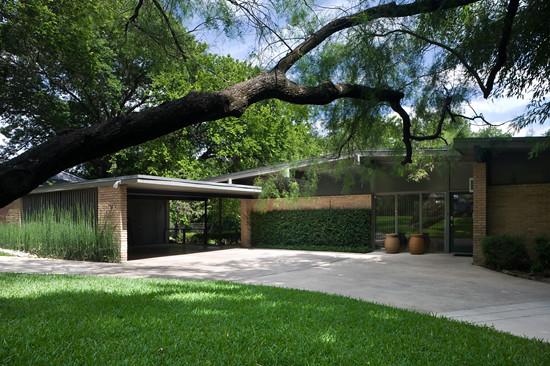 Delrose dr dallas tx built 1955 architect joseph for Modern contemporary homes for sale dallas