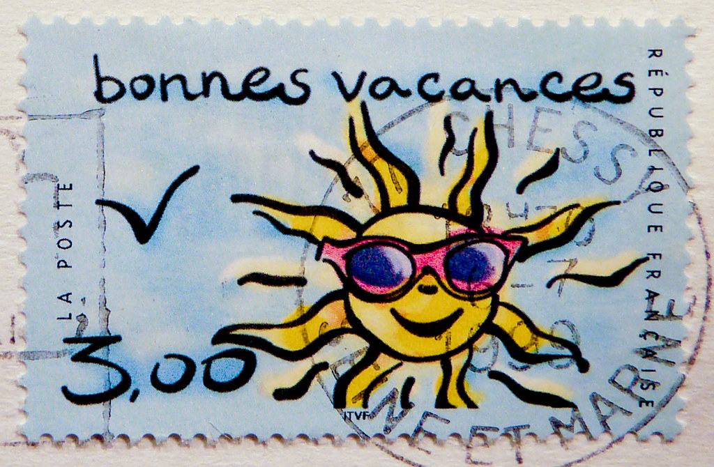how to say on holiday in french