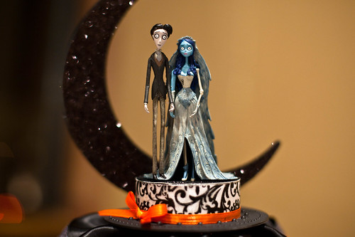Corpse Bride Wedding Cake Topper