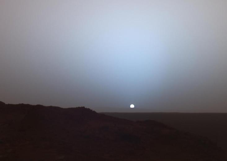 Martian Sunset | Date: 19 May 2006 NASA's Mars Exploration ...