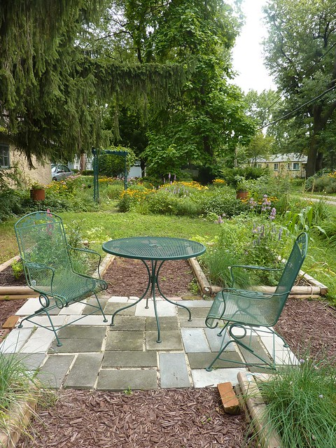 Huge Square Foot Garden Sitting Area This Is Looking