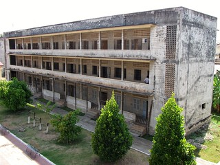 Tuol Sleng Genocide Museum - S-21 - Krmer Rouge Torture & Interrogation Center - Buildng C Used to House Prisoners | by FollowOurFootsteps