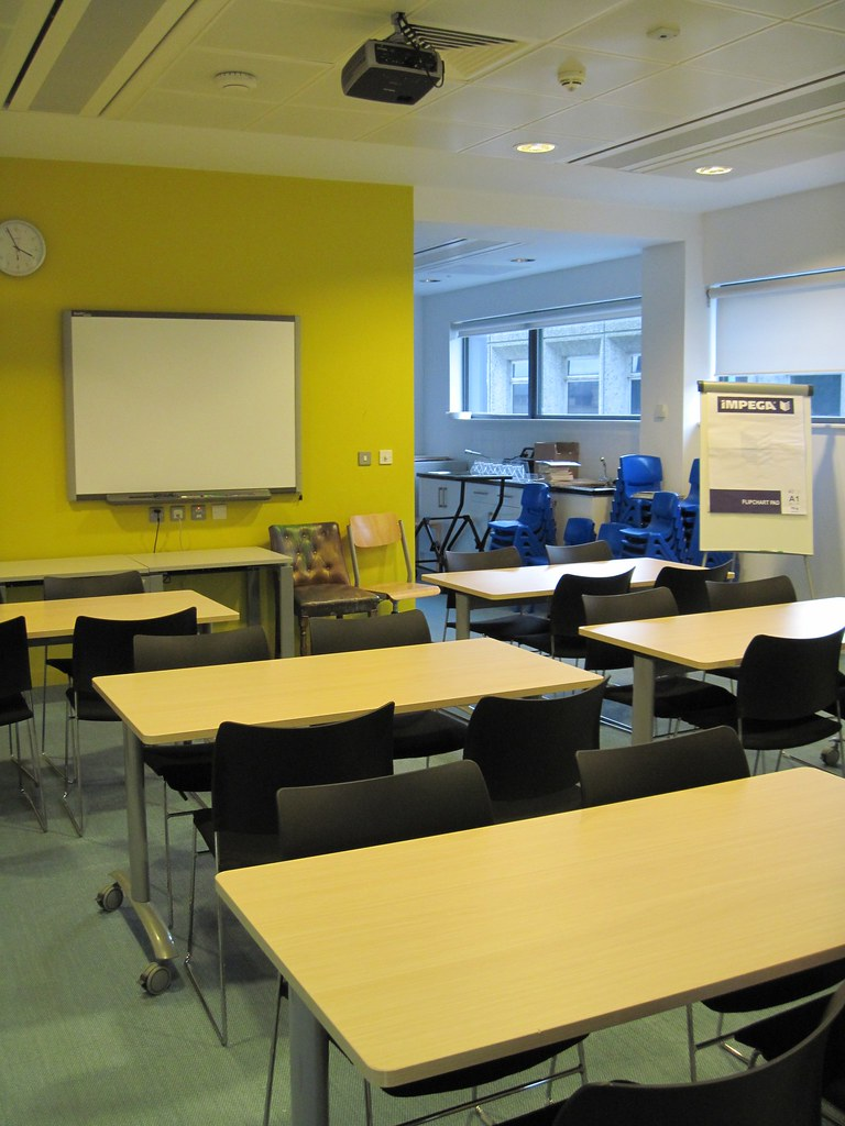 Children 39 S Activity Room Rooms At City Library Are
