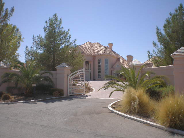 East las vegas mansions for sale rv las vegas luxury for Mansions for sale las vegas