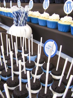 WordCamp Montreal: Brownie Pops | by clevercupcakes