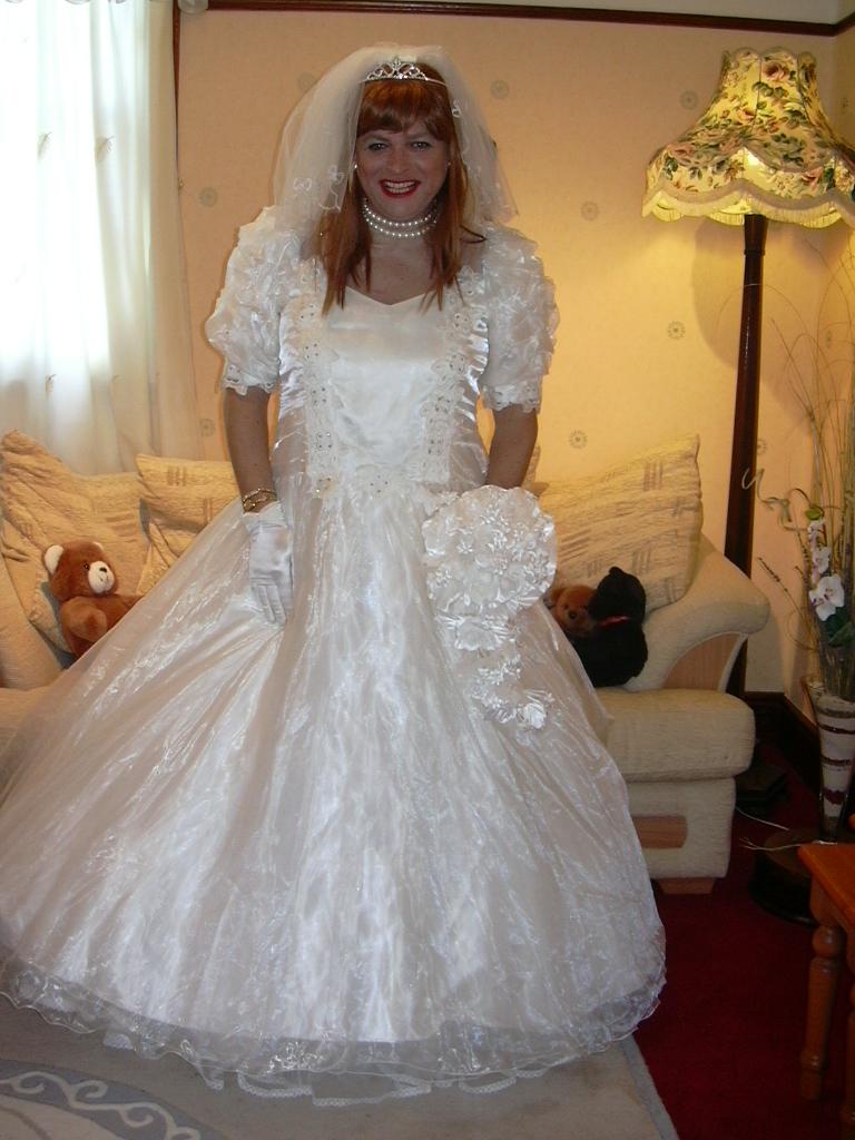 Queen Vs Full Bed Skirt