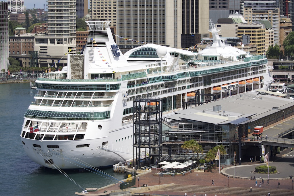 Circular Quay Sydney 2010 Ms Rhapsody Of The Seas Flickr