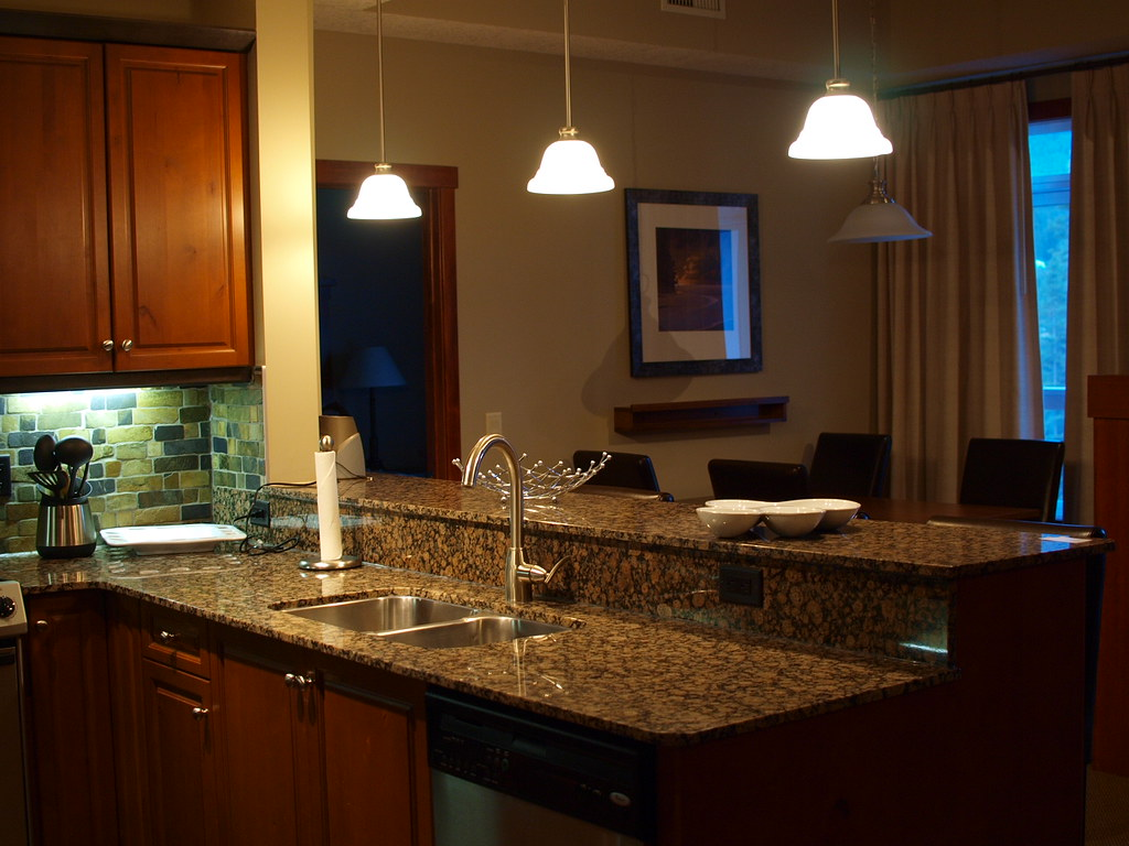 Reviews Of Kitchen Cabinets From Lowes