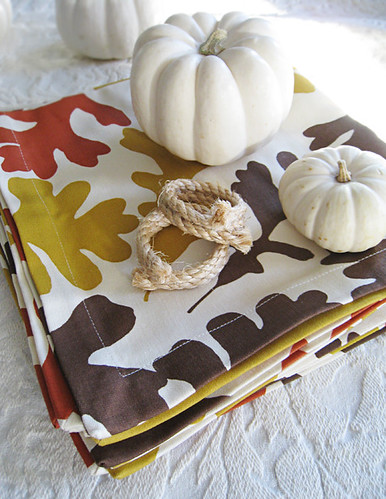 leaf napkins+rope napkin holders+white pumpkins | by ...love Maegan
