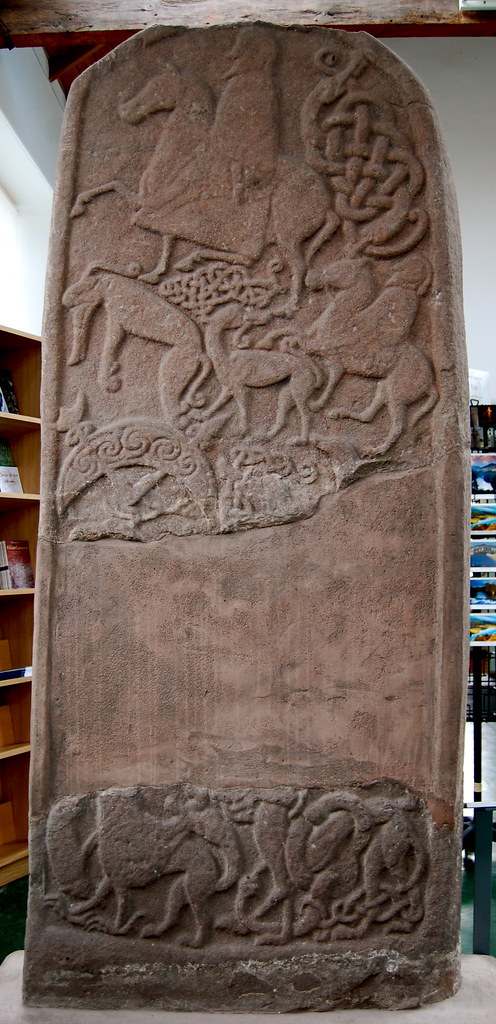Meigle 4 Back A Class Ii Pictish Symbol Stone