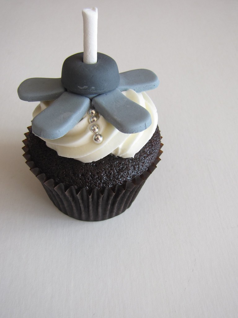 Ceiling Fan Cupcakes While I Enjoy Creating The