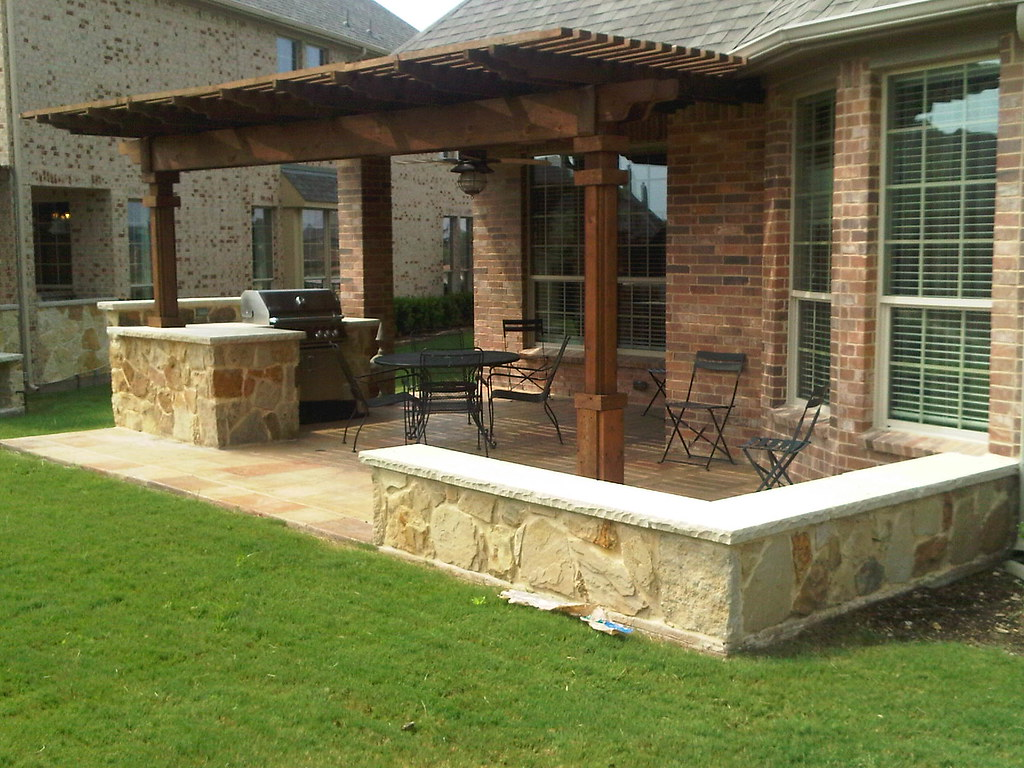 Outdoor living area arbor southlake texas this outdoor for Outdoor kitchen wall ideas