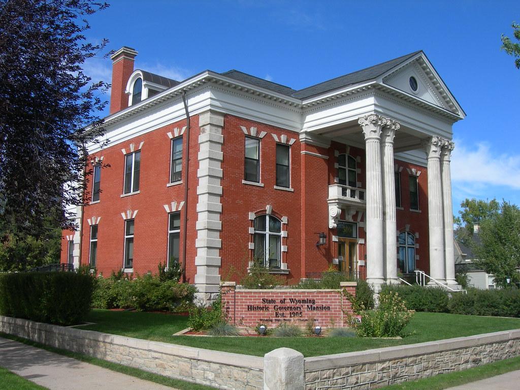 Historic wyoming governor 39 s mansion cheyenne wyoming for New home builders in cheyenne wyoming