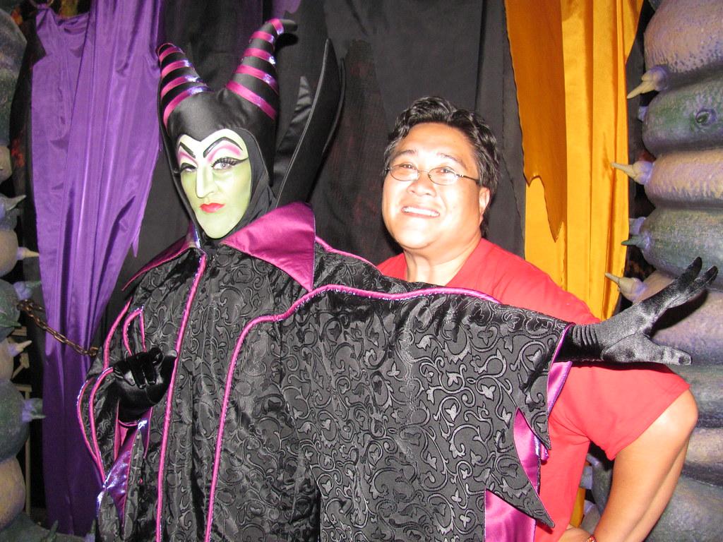 Maleficent at the disney villains meet and greet at mickey flickr maleficent at the disney villains meet and greet at mickeys halloween party by m4hsunfo