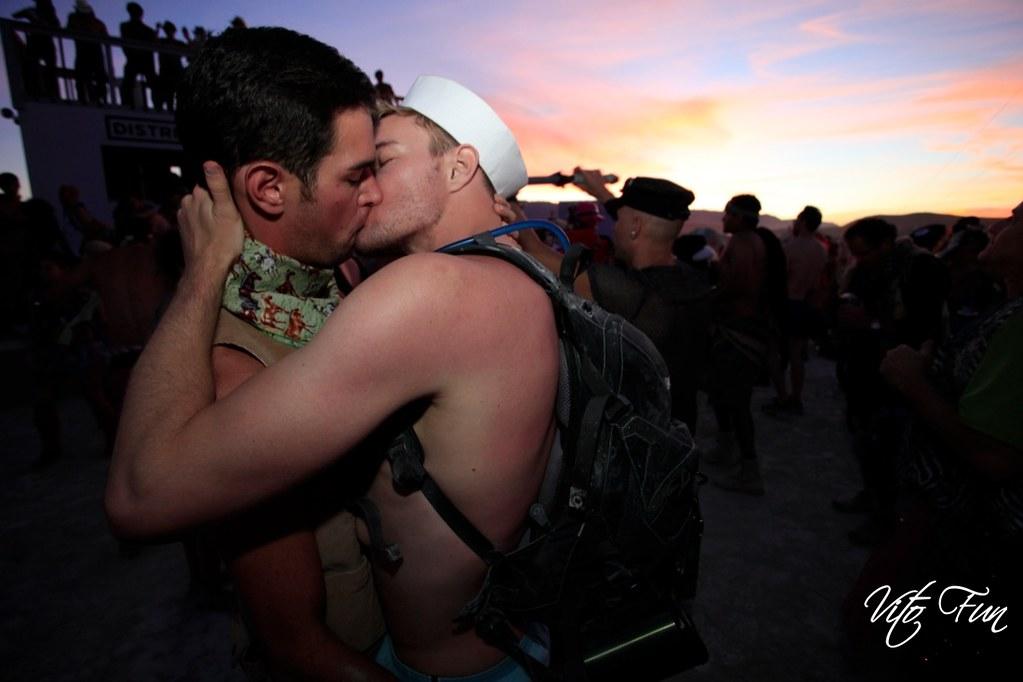 gay male escorts ohio