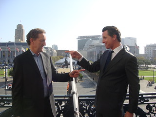 Mayor Newsom Raises Giants Flag at City Hall | by mayorgavinnewsom