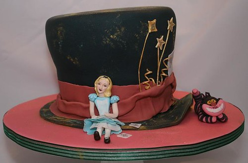 Alice In Wonderland And Cheshire Cat Cake 4 Layer Tiered