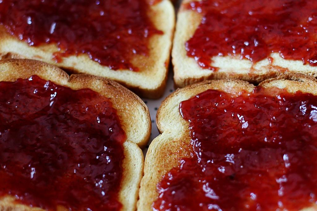 Homemade Strawberry Jam Cake