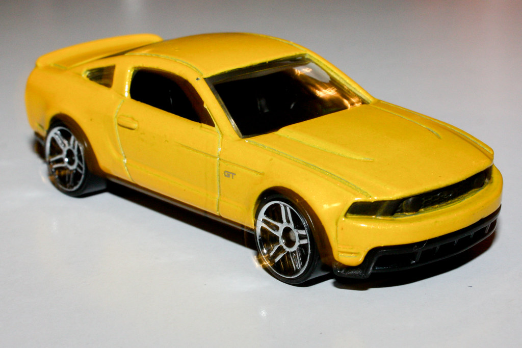 hot wheels 2010 ford mustang gt | photokevin borland. | flickr
