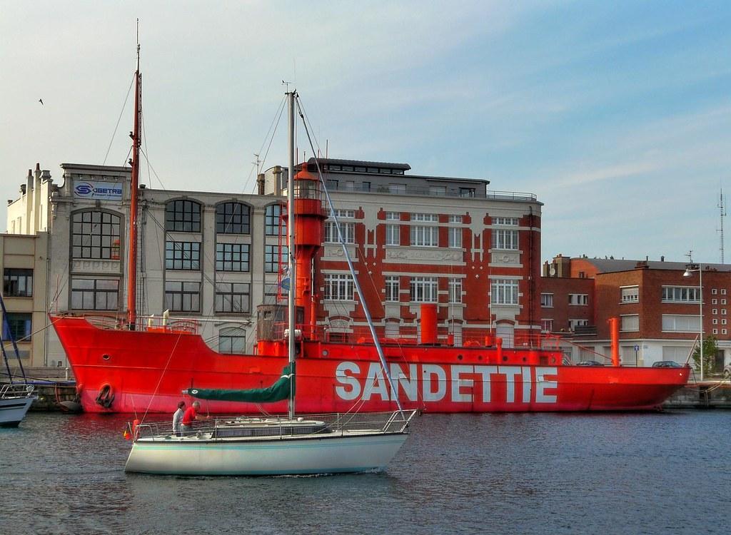 Le Sandettie Bateau Phare De Dunkerque The Sandettie Lig