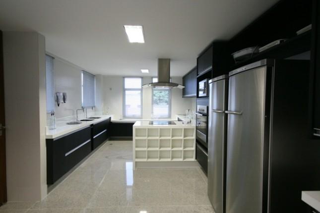 Cozinha com piso de granito branco siena piso de granito for Pisos en alaquas baratos