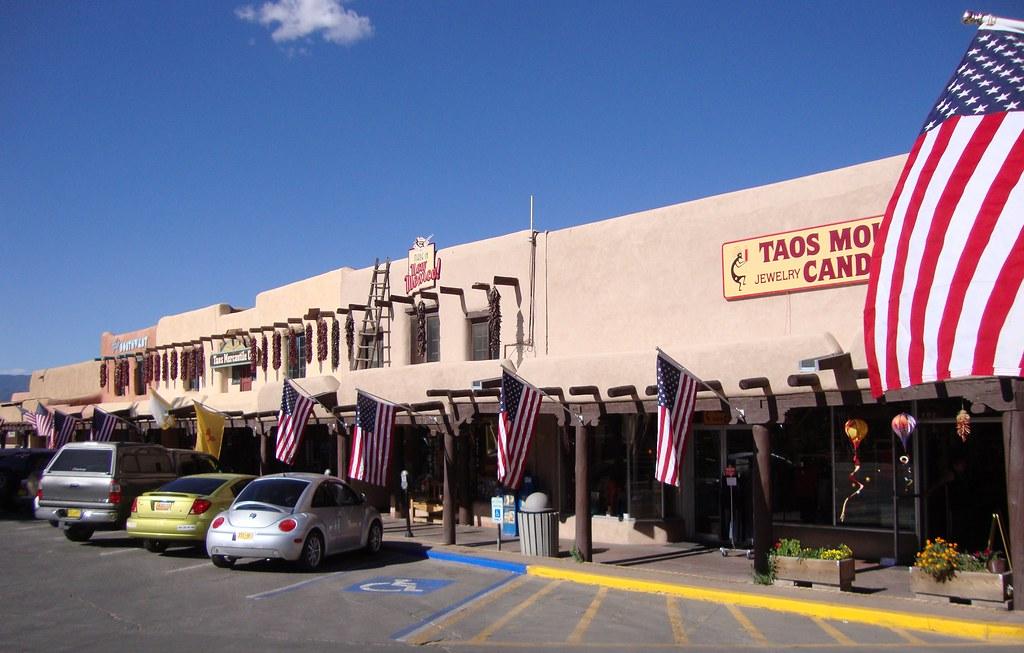 Taos Plaza (Taos, New Mexico)