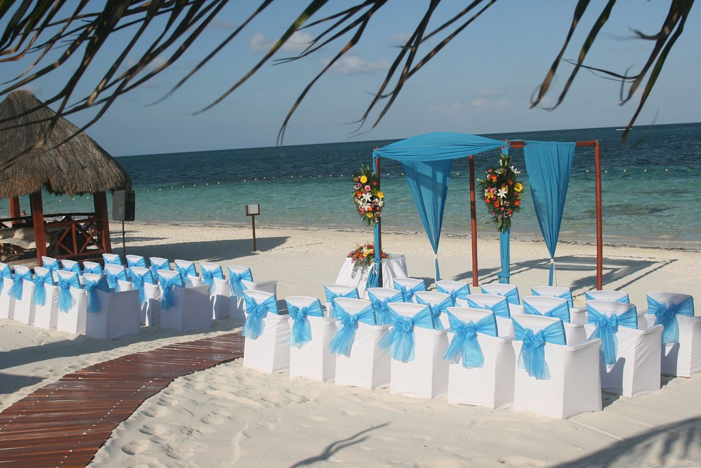 Beach wedding for Mexico wedding packages