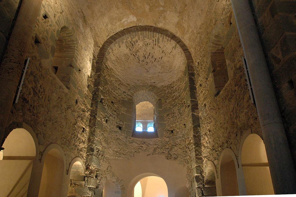 Sant Pere de Rodes  Monestir de Sant Pere de Rodes Més info…  Flickr