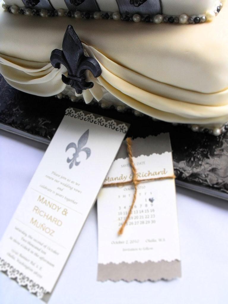 Fleur de lis wedding cake 2 | Fleur de lis wedding cake for … | Flickr