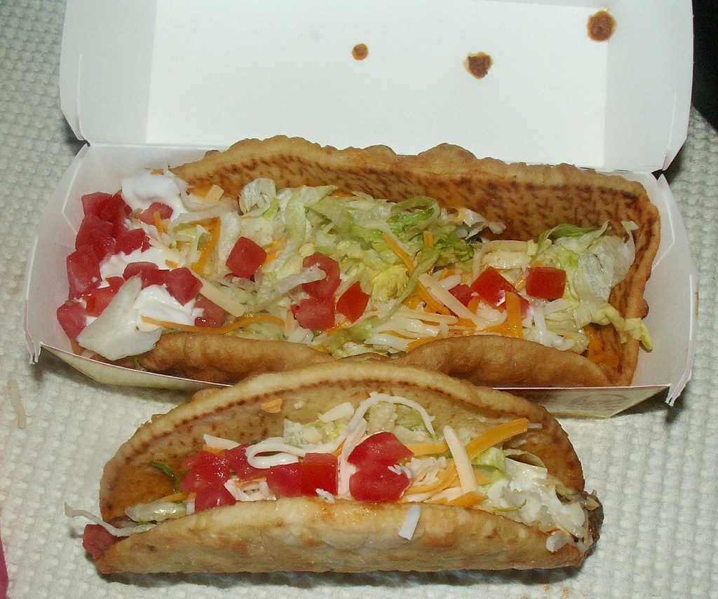 Is Taco Bell Green Sauce Good On Hot Dogs