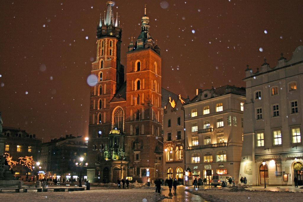 Krakow Winter Grand Square Rynek Glowny Robert