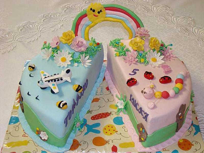 Torta K Narodeninm Pre Dvojat Birthday Cake For Twins Flickr