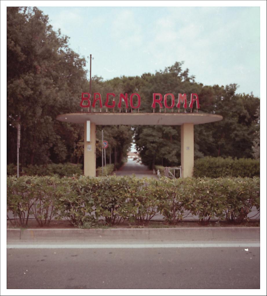 Bagno Roma (Tirrenia-PI) | Test digitale -> analgico PS post… | Flickr