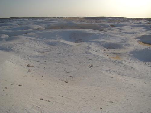 Acanaladuras y surcos eólicos - White Desert (Egipto) - 03