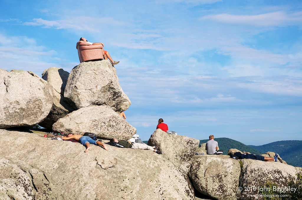Stone Mountain Trail Elevation Gain : Pink sofa on old rag mountain a group of or