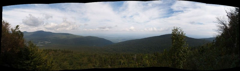 Multi-shot panorama from the eastern end of Indian Head Mountain