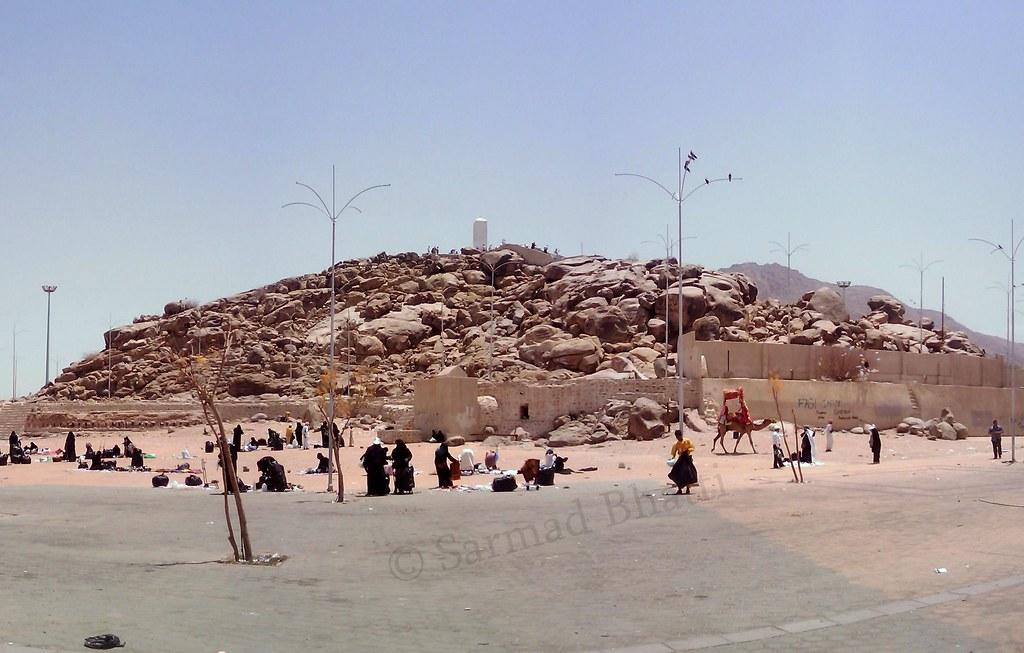 Jabal-e-rehmat, Maidan-e-Arafat | Sarmad Bhatti | Flickr