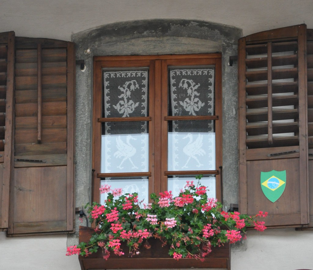 Tr 123 antica finestra old window mariangela for Finestra antica