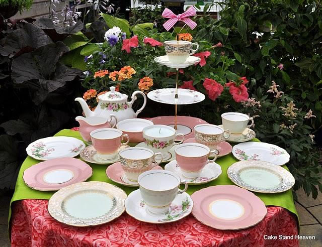 Teapot Cake Stand