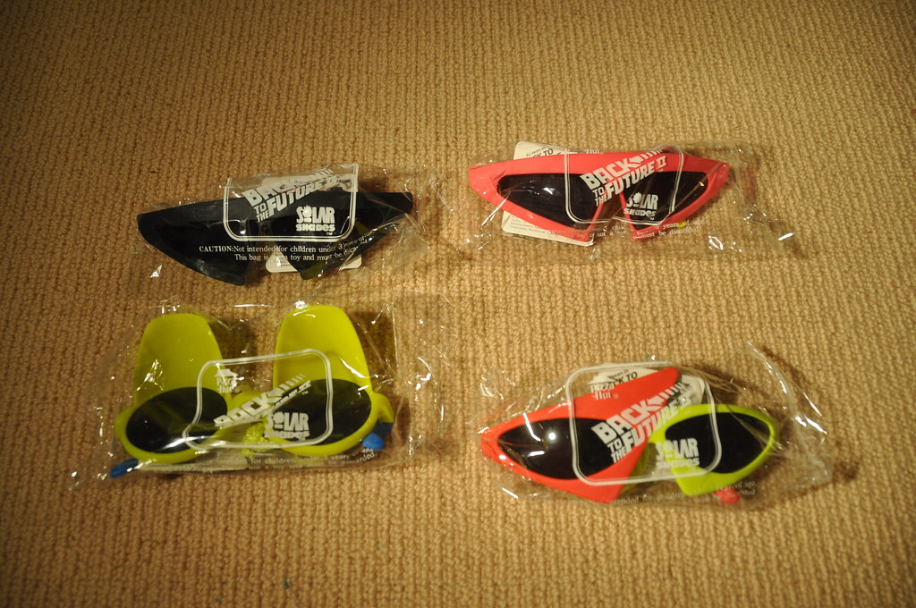 Pizza Hut Toys : Back to the future sunglasses pizza hut this is