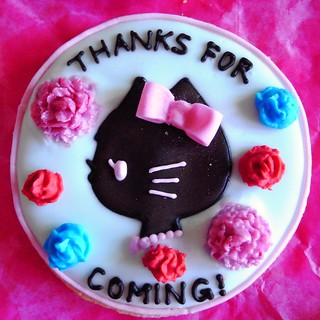 Hello Kitty silhouette cookie | by bittle