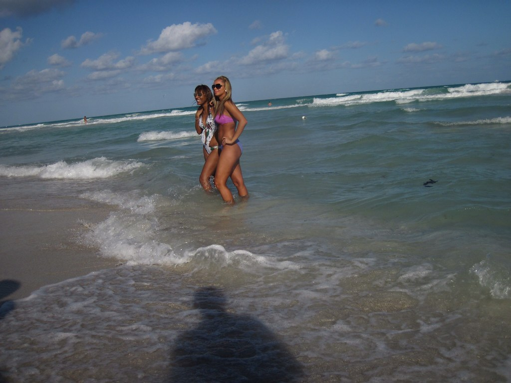 2 Girls Posing For Picture Beach Scene South 10 22 2010