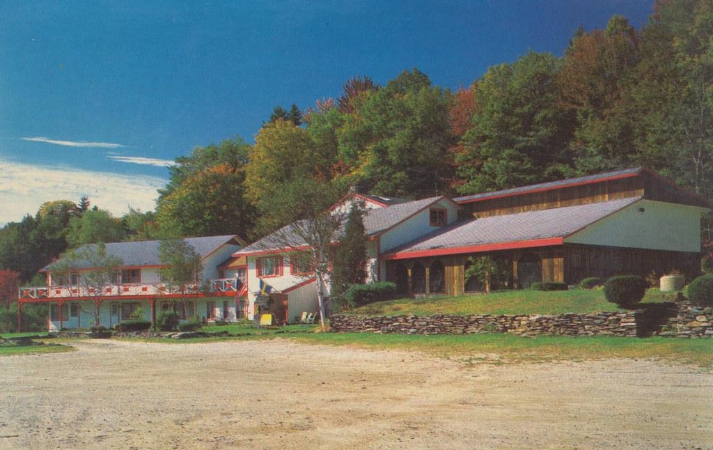 Red Cricket Inn - West Dover, Vermont