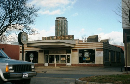 Pride Cleaners, Danbury, CT, USA | by David&Bonnie