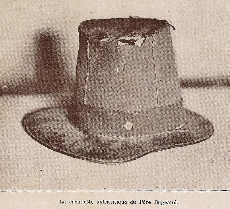 As tu vu la casquette du p re bugeaud dans le l o du for Le pere du meuble circulaire