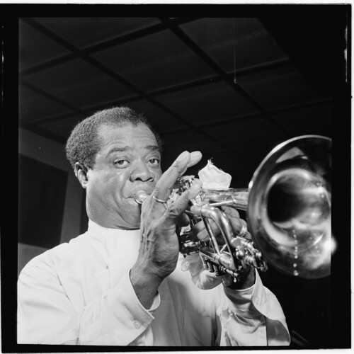 [Portrait of Louis Armstrong, Carnegie Hall, New York, N.Y., ca. Apr. 1947] (LOC) | by The Library of Congress