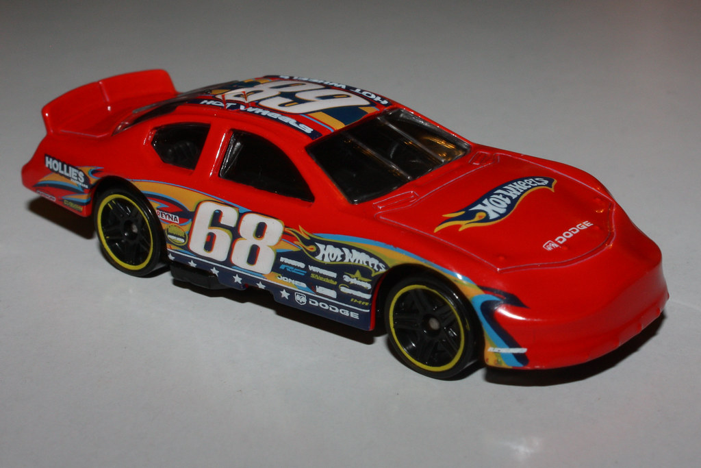 2010 Hot Wheels 169 Dodge Charger Stock Car Photo By Kevi Flickr
