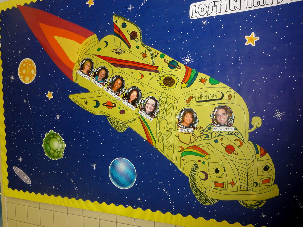 Magic school bus bulletin board beth sawyer flickr for Vintage outer space decor